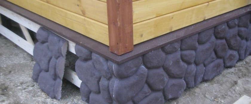 Способы утепления свайного фундамента в домах из дерева