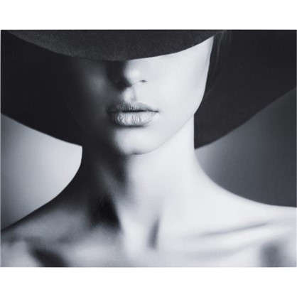 Картина без рамы Девушка в шляпе 40х50 см