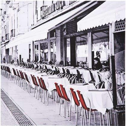 Картина на холсте Улица с красными стульями 30х30 см