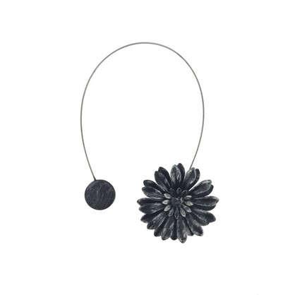 Подхват магнитный Эстер 6х29 см цвет черный/серебристый