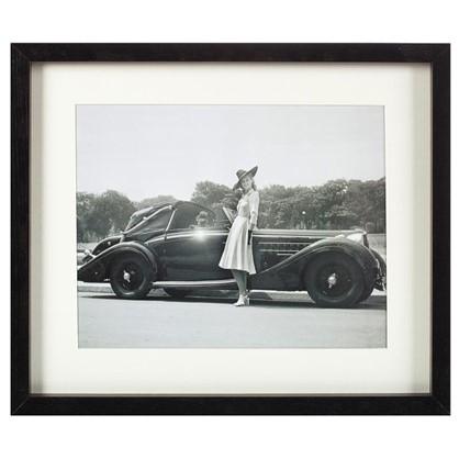 Постер в раме 33х40 см Девушка и автомобиль